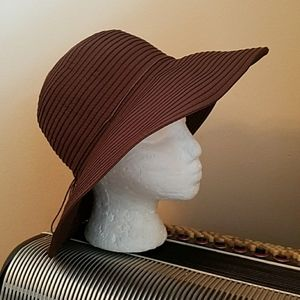 PETER GRIMM BROWN WIDE BRIM FLOPPY SUN BEACH HAT